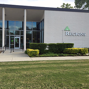 Regions Bank Poplar in Memphis