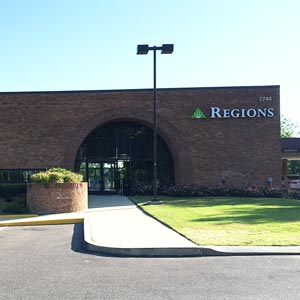 Regions Bank Germantown Poplar Ave in Germantown