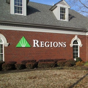 Regions Bank Somerville in Somerville