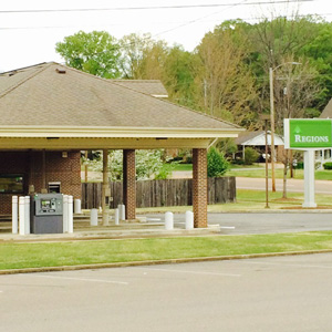 Regions Bank Selmer Remote Drive Thru in Selmer