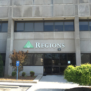 Regions Bank Cookeville Main in Cookeville