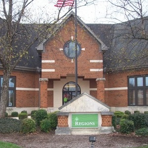 Regions Bank Elm St Shelbyville in Shelbyville