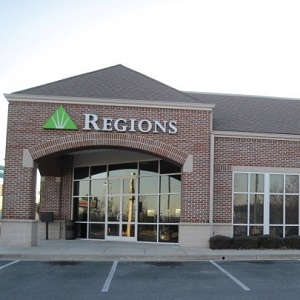 Regions Bank Sterling Pointe in Cleveland