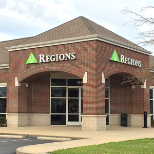 Regions Bank Spring Hill Columbia Pike in Spring Hill
