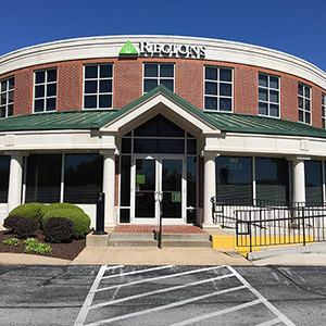 Regions Bank Vinings in Jackson