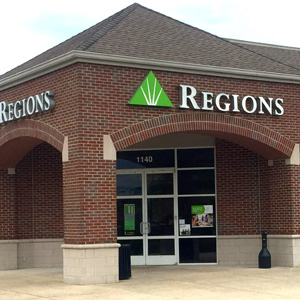 Regions Bank Village Green in Gallatin