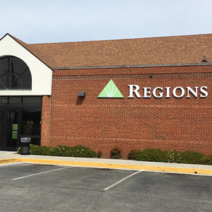 Regions Bank Broadway Knoxville in Knoxville