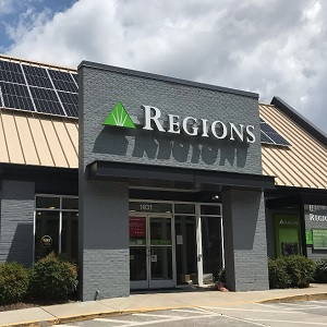 Regions Bank Cumberland Ave in Knoxville