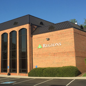 Regions Bank Clinton N Main St in Clinton