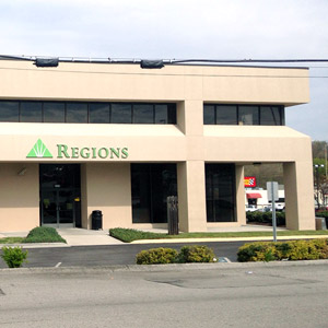 Regions Bank Jefferson City East Broadway in Jefferson City