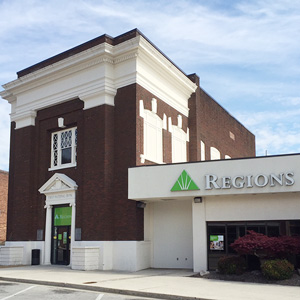 Regions Bank Rockwood St in Rockwood