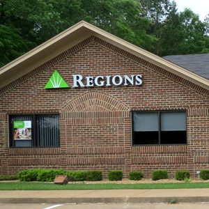 Regions Bank Whitehouse in Whitehouse