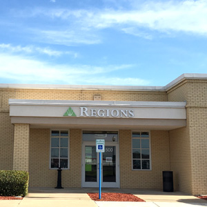 Regions Bank Hutto Main in Hutto