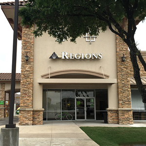 Regions Bank Shoppes At Onion Creek in Austin