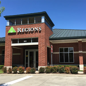 Regions Bank Heights Houston in Houston