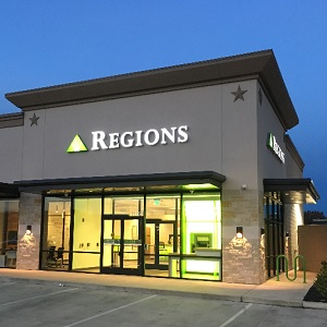Regions Bank Northbrook in Houston