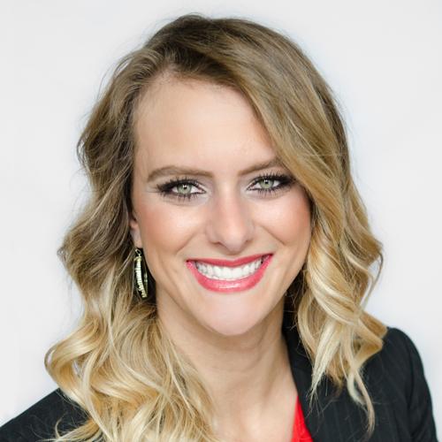 Financial Advisor Heather Hennigh in Katy