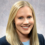 Mortgage Lender Claire Sherman in Nashville