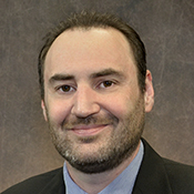 Mortgage Lender Matthew Buckles in Nashville