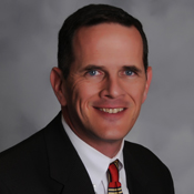 Prestamista hipotecario Mike Newbauer en Raleigh