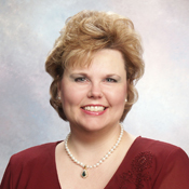 Mortgage Lender Sheri Hackler in Knoxville