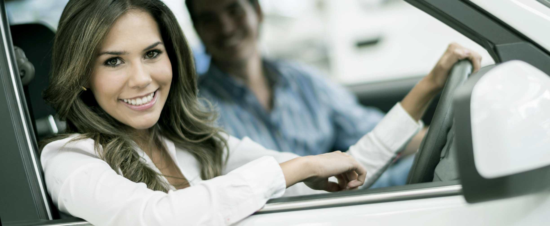 Cómo disminuir las tasas del seguro de su auto