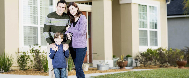 ¿Debo comprar un seguro de protección del hogar?