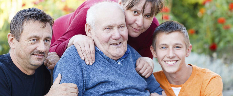 Lista de control: ¿cuándo no es suficiente el cuidado de adultos mayores en el hogar?