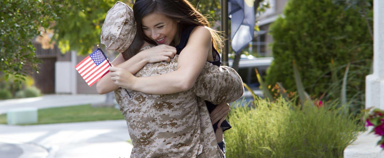 prepararse para volver a casa después de servir en las fuerzas armadas