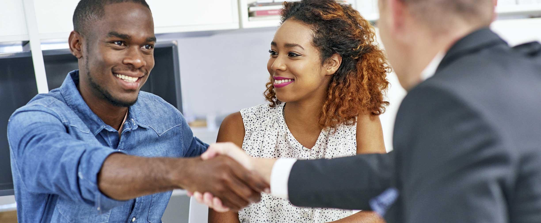 los beneficios de tener una línea de crédito asegurada por ahorros