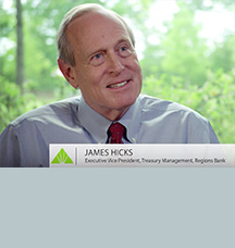 Ejecutivo senior James Hicks